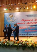 Профессору и хирургу Оспанову Оралу Базарбаевичу были вручены в Астане награды республиканского значения. Церемония награждения.